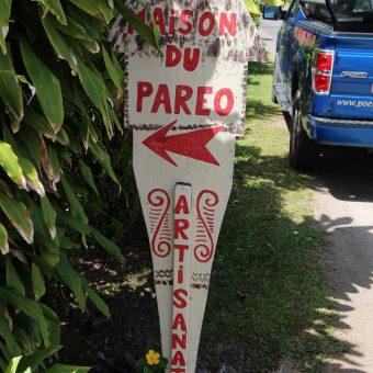 Tahitian Pareo Artisan